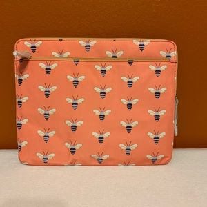Accessories - FOSSIL IPAD SLEEVE COVER CASE PINK BEES IPAD 2 3 4